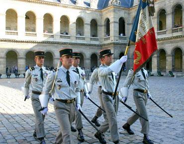 gouverneur et commandants militaires